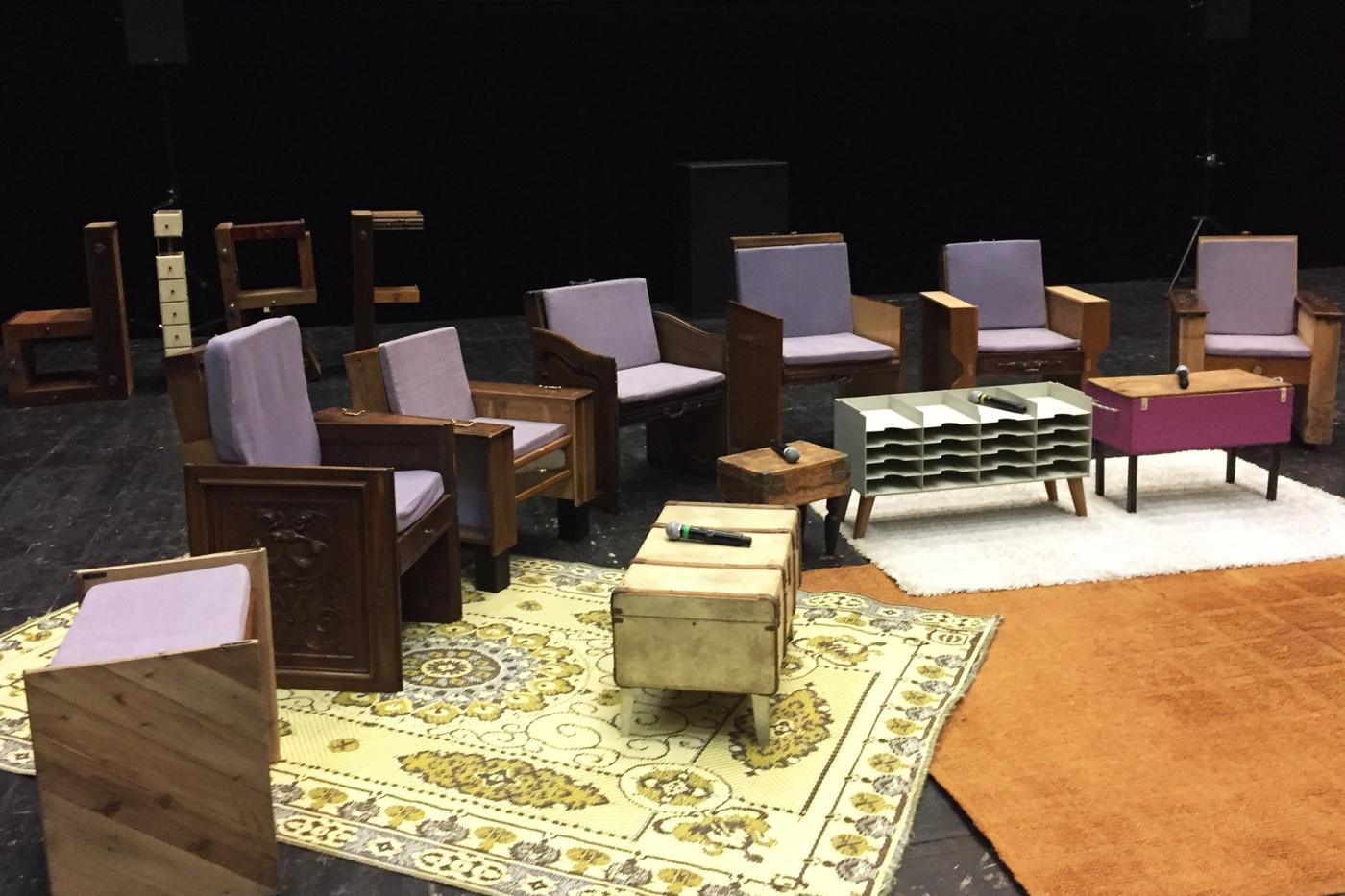 Un décor d'Emmaüs Made pour les tables rondes du centenaire de la Fondation Cognacq-Jay